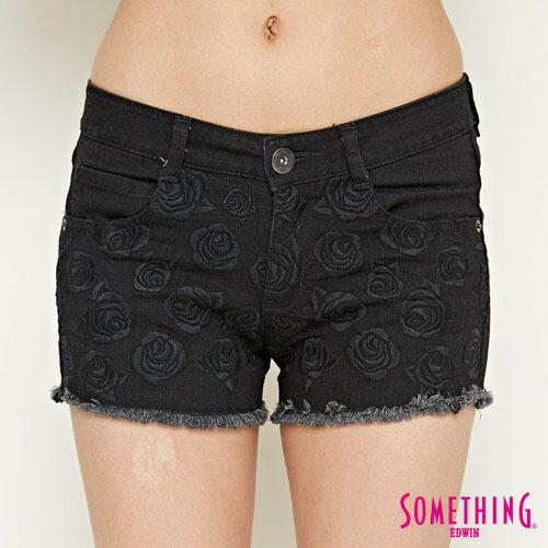 【週年慶。8折優惠↘】SOMETHING 玫瑰繡花 牛仔短褲-女款 黑色 4