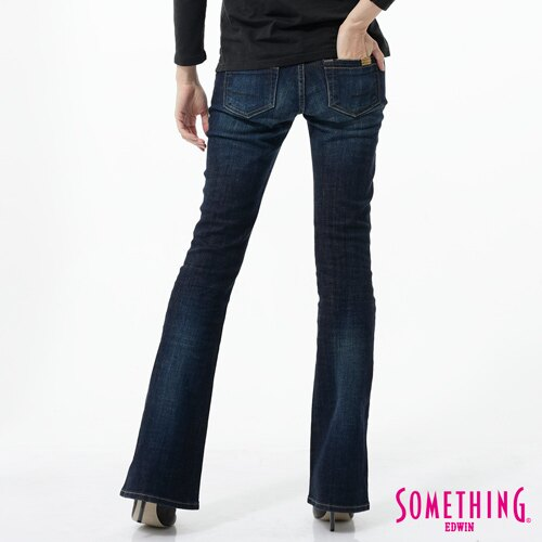 【1290元優惠↘】SOMETHING NEO FIT 低腰伸縮靴型牛仔褲-女-原藍色 1