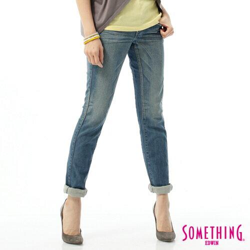 【獨家首降!990元優惠↘】SOMETHING CELEB 窄管牛仔褲-女-輕刷藍 0