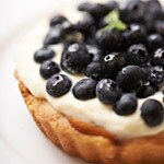 DIY藍莓乳酪塔~法國塔鐵發酵奶油製成還帶著點淡淡杏仁香的藍莓乳酪塔~~滿滿藍莓交織着濃郁乳酪酸甜好滋味。