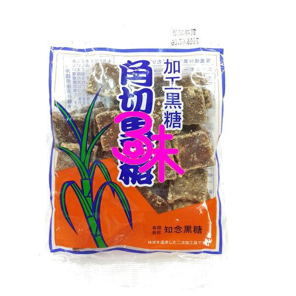 (日本) 知念 角切黑糖 1包 180 公克 特價 73元【4974637100029 】