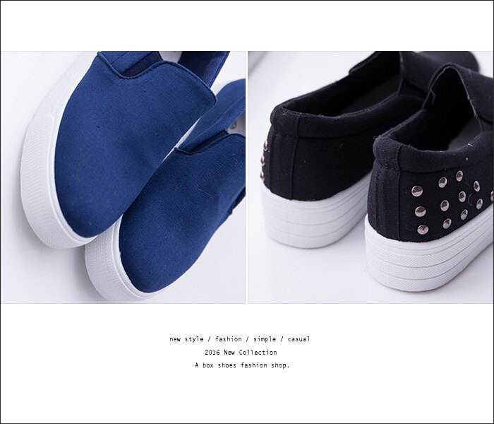 格子舖*【AS975】基本款極簡素面個性金屬搖滾鉚釘 3.5CM厚底增高帆布鞋 懶人鞋 便鞋 2色 2