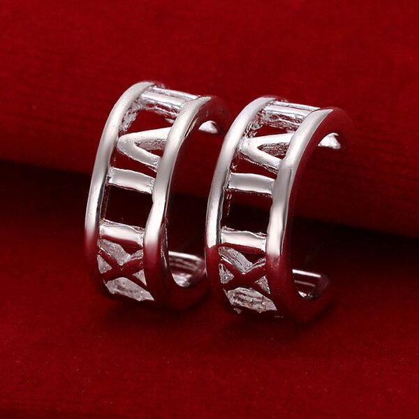 Missyoyo  925純銀半圓羅馬數字耳環飾品【Q02YE046】-預購