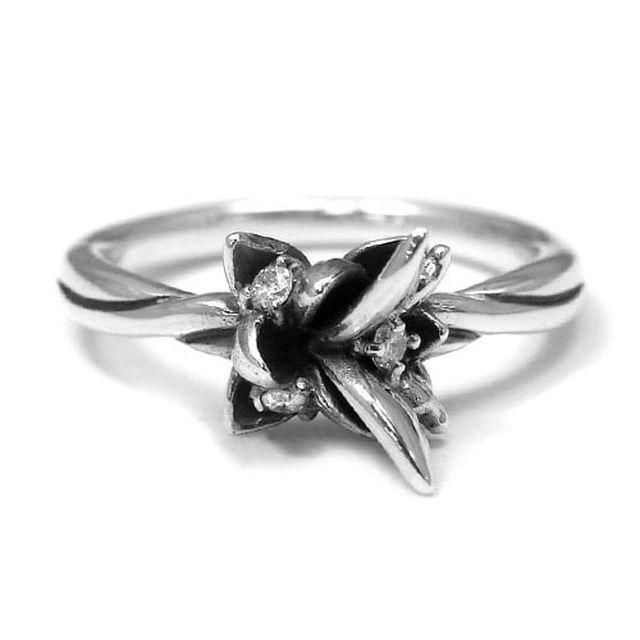 【海外訂購】【KONRON】花之回憶鑽石純銀戒指(KRR0544-D) 3