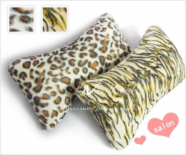 美甲用品小枕頭 可愛動物紋小手墊(顏色隨機) 舒適小手枕