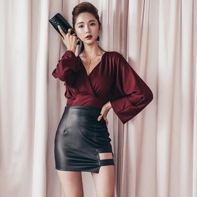 海茵 ~ 秋裝五折~  1199 韓國連線 兩件式性感皮裙套裝 ~  好康折扣