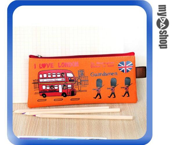 《DA量販店》倫敦 衛兵 帆布 筆袋 鉛筆盒 鉛筆袋 化妝包 造型顏色隨機(78-4265)
