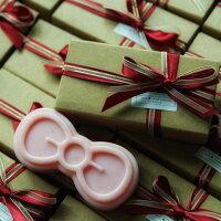 婚禮小物推薦到【愛茉漂兒手作皂坊】 『花嫁禮訂製』 婚禮小物禮盒_經典玫瑰粉紅皂 100g