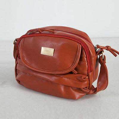 商品標題 LINAGI里奈子精品【BA778-22-33】簡單素面前掀蓋雙拉鍊袋內雙層拉鍊設計後拉鍊袋方便側背包