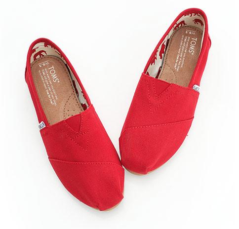 【TOMS】紅色素面基本款休閒鞋  Red Canvas Women's Classics 4