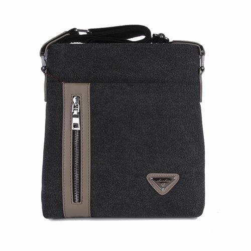 斜背包-韓版異料拼接三角鐵牌中性款帆布斜背包 包飾衣院 J1053 現貨+預購