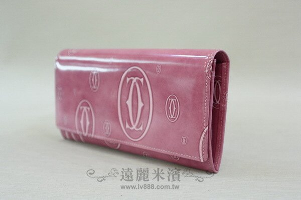 A6861 cartier 粉紅 漆亮 大小 logo 壓紋 前釦 6卡 內拉鍊 長夾