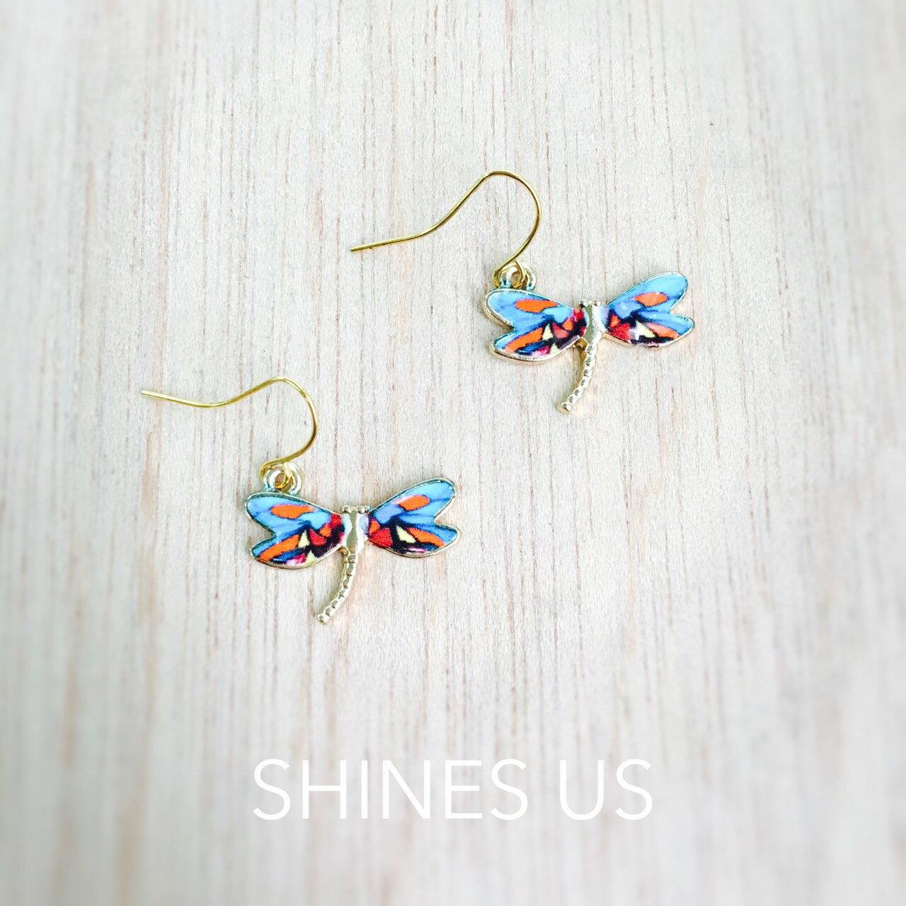 ~SHINES US~正韓 彩色蜻蜓耳環 ^(可改耳夾式^) ~  好康折扣