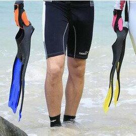 【浮潛三寶-腳蹼-總長48.5cm-腳位置9*23cm-1雙/組】雙渦流降阻 多通道增壓 提供額外推進力 適用於初學及中級潛水員使用-76003