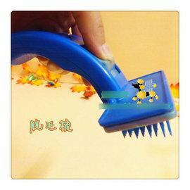 【寵物脫毛梳-塑膠-大號-梳面12*7cm】狗狗除毛梳 狗狗梳子 去除掉毛梳子 褪毛梳掉毛刷-79012