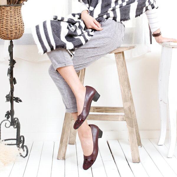 Gabor 鑽飾寬楦優雅低跟鞋 酒紅 4