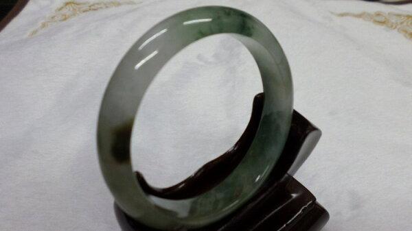 【翡翠淘寶坊】手環.玉鐲w2025/糯冰三彩  18圍  寬10mm