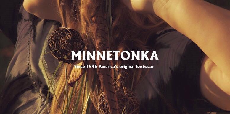【Minnetonka 莫卡辛】白色 - 磨砂牛皮、豆豆底、流蘇、蝴蝶結、串珠、雷鳥二代 1