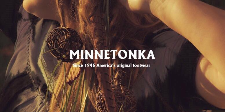 【Minnetonka 莫卡辛】土駝色 - 麂皮後拉鍊流蘇莫卡辛短靴 1
