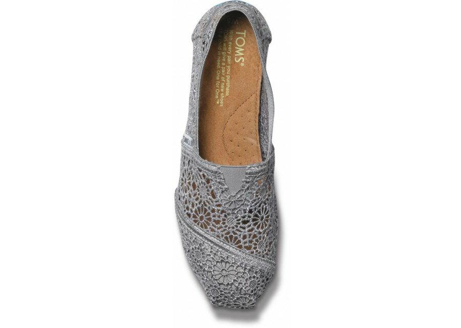 【TOMS】灰色蕾絲鏤空繡花平底休閒鞋  Grey Crochet Women's Classics 3