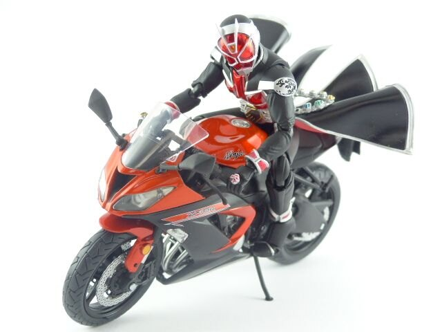 【秋葉園 AKIBA】日本限定品 kawasaki ninja ZX-6R 2014model 摩托車模型 1/12scale 適合一般尺寸公仔 3