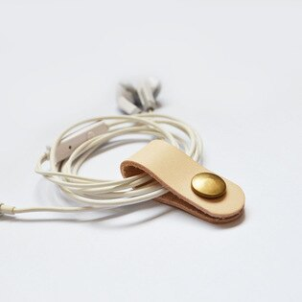 (喜番屋)真皮植鞣革牛皮手機耳機線傳輸線USB 理線器/集線器/捲線器/收線器/繞線器 無印良品禮物CB69