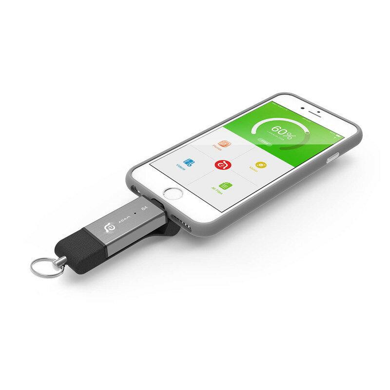 【亞果元素】iKlips DUO Apple雙向極速多媒體行動碟 64GB 4
