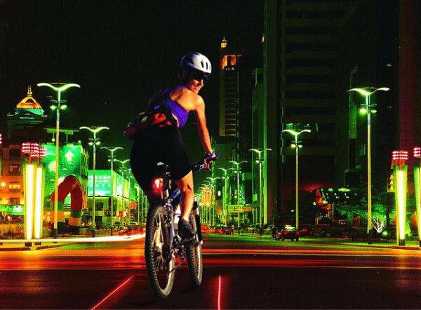 《意生》促銷LED平行線激光雷射尾燈 2平行線安全警示LED安全激光尾燈LED尾燈快速散熱設計自行車燈巴克球雷射光