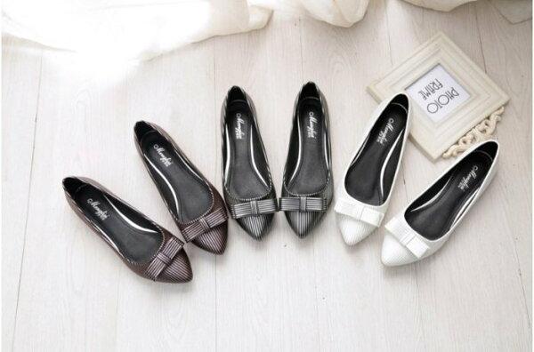 【Pyf】優雅細條紋 舒適平底 尖頭蝴蝶結 上班鞋 42 43 大尺碼女鞋