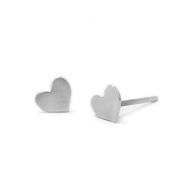 【海外訂購】【Kris Nations】銀色愛心手工耳環(E1-charm-S-Hearts  0871180000) 0