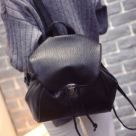 後背包 韓版蝙蝠抽繩鈕扣皮革後背包【O3112】☆雙兒網☆