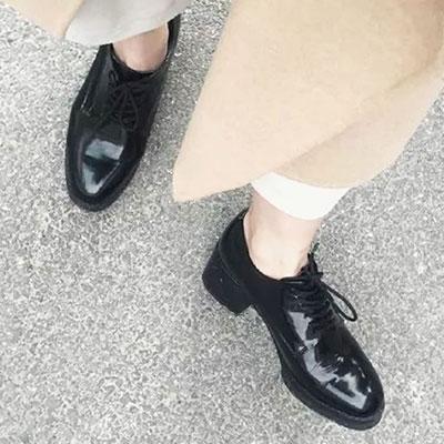 牛津鞋 百搭漆皮綁帶素色低跟休閒鞋【S1454】☆雙兒網☆ 1