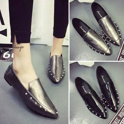 平底鞋 明星最愛質感鉚釘尖頭平底鞋【S1500】☆雙兒網☆ 0