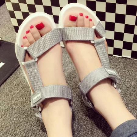 涼鞋 時尚率性三角環魔鬼氈平底涼鞋【S1650】☆雙兒網☆ 1