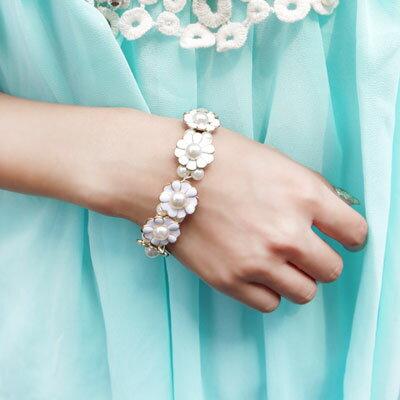 ~雙兒網~~O2334~韓珍珠小花彈性手環 ~  好康折扣