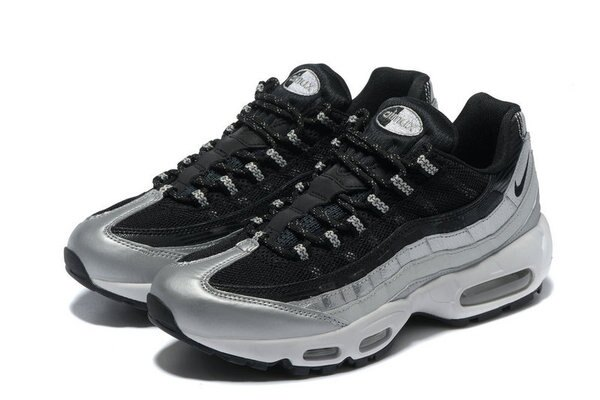 "Nike Wmns Air Max 95 QS ""Metallic PlatinumBlack-White""金屬鉑黑白 氣墊慢跑鞋 運動鞋 情侶鞋"