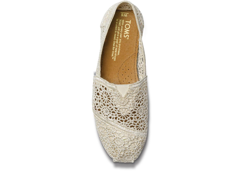 【TOMS】米白色蕾絲鏤空繡花平底休閒鞋  Natural Crochet Women's Classics 3