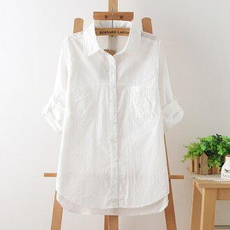森女系純白翻領排扣微抓皺設計長袖襯衫