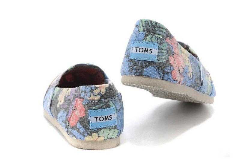 【TOMS】熱帶花朵平底休閒鞋  Faded Tropical Women's Classics 5