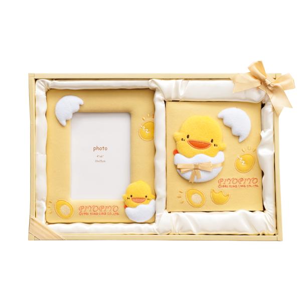 『121婦嬰用品館』黃色小鴨 成長紀錄禮盒 0