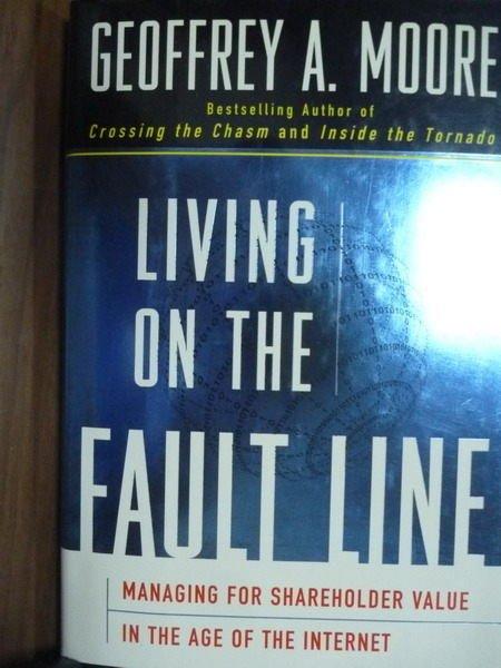 ~書寶 書T7/財經企管_QEE~Living on the Fault Line_Moo