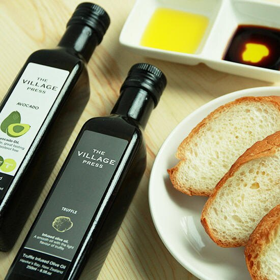 【壽滿趣- 紐西蘭廚神系列】 The Village Press 頂級冷壓初榨酪梨油禮盒 (250ml X3瓶) 2