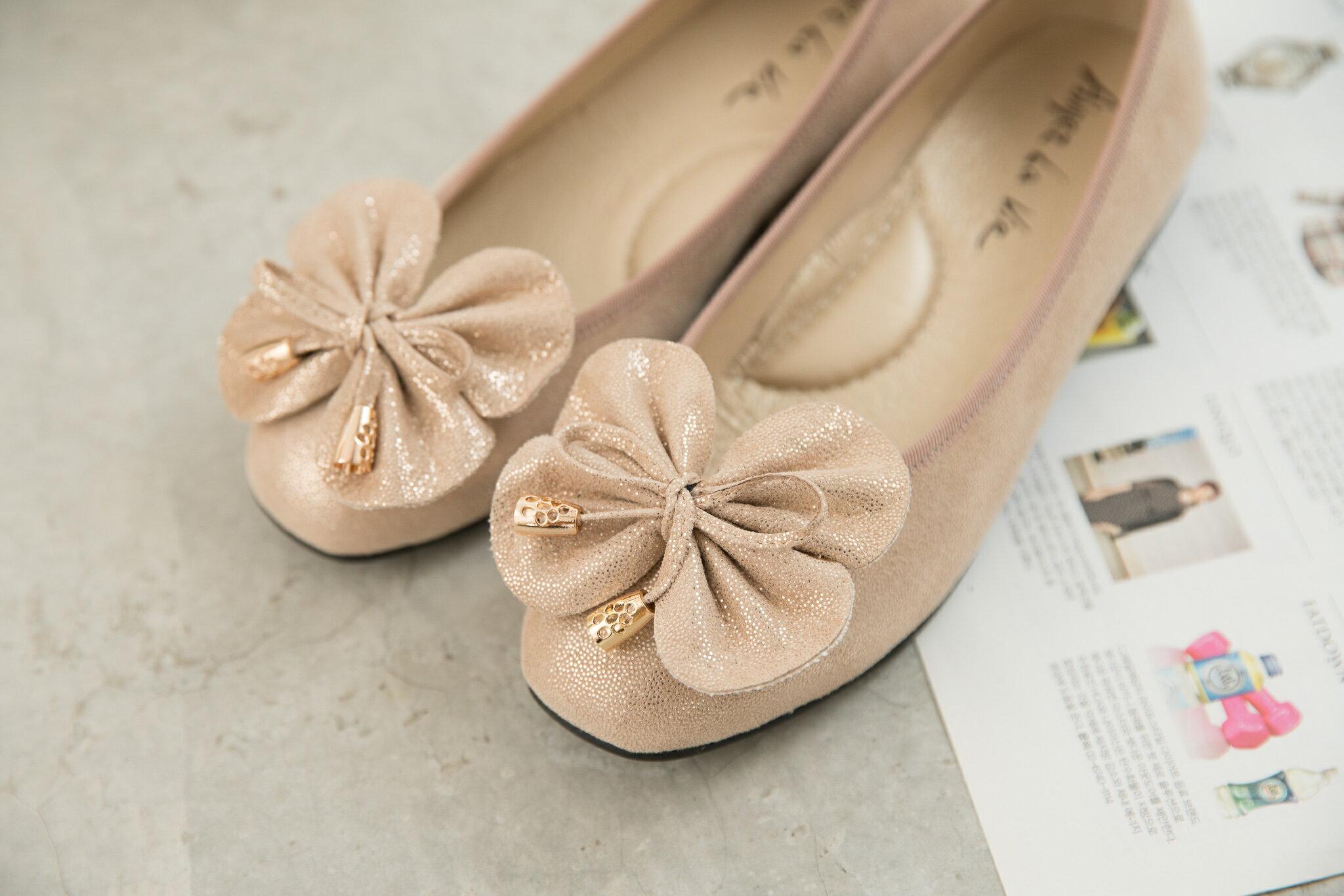 Aimez La Vie 經典優雅|大蝴蝶結金屬頭真皮平底娃娃鞋 0