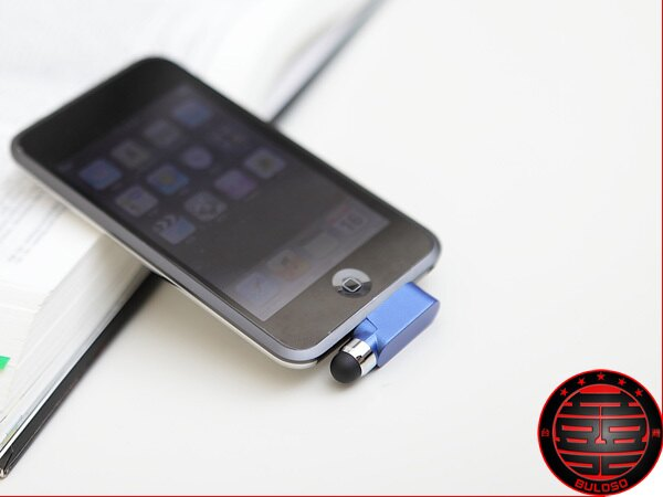《不囉唆》iphone 4專用 傳輸線防塵塞電容式觸控筆 電容觸摸筆(不挑色/款)【Y217187】
