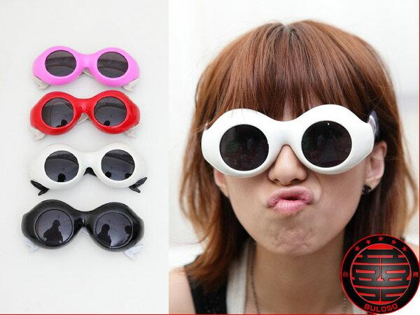 ~不囉唆~LADY GAGA 著用 網襪美腿太陽眼鏡 搞怪眼鏡 kuso眼鏡(不挑色 款)