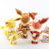 Pokemon:精靈寶可夢到POKEMON寶可夢 可愛伊布 火精靈 雷精靈 毛絨玩偶 高約16CM 購GO購團購網 9-1預購預購