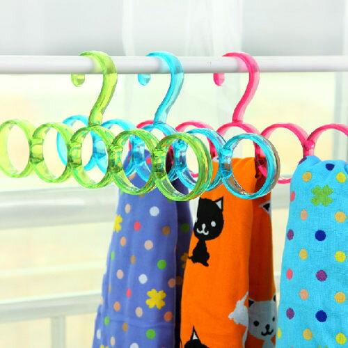 PS Mall 創意圈圈造型圍巾架 多用途衣架 圍巾 絲巾 領帶 掛架 曬衣架【J1949】