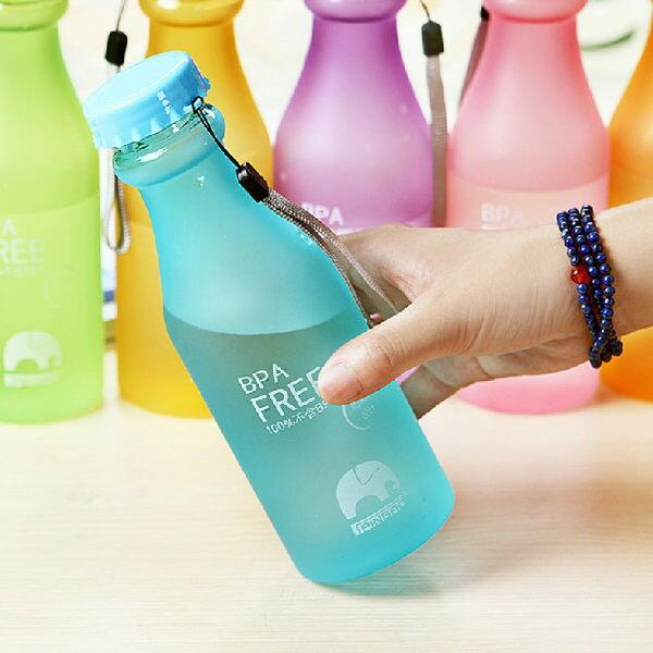 PS Mall╭*防漏攜帶式摔不破汽水瓶 密封暖水瓶 創意運動水瓶【J1489】