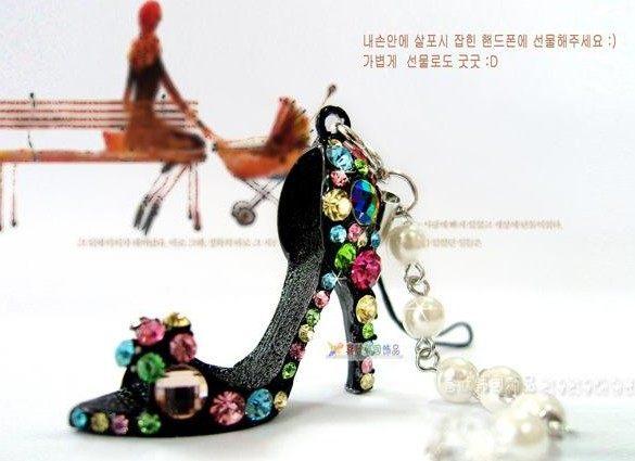 ✻蔻拉時尚✻ [BF101A1] 韓國飾品 時尚彩鑽高跟鞋手機吊飾 黑/白兩色
