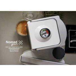 《台南悠活運動家》Nomad 美國 免插電行動義式咖啡機 白色 (搭贈 Nomad Outdoor Box 旅行用外出木箱)
